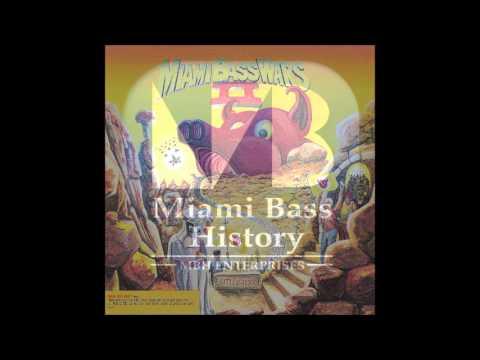 DXJ & The Miami Bass Mob - Bass wars II