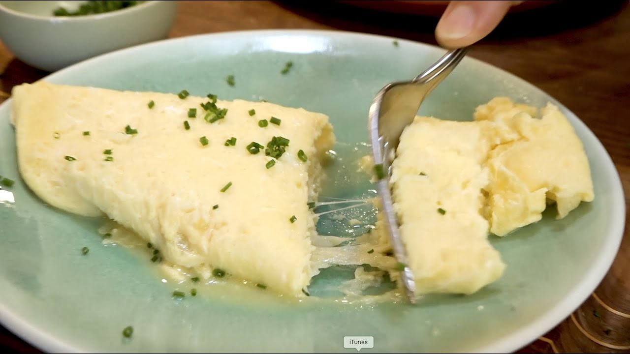 French Omelette In Stainless Steel Pan Inspired By Jacques Pepin Christine Cushing Youtube