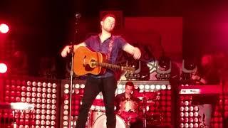 Scotty McCreery covers medley 10.7.17 Billy Bob's Texas