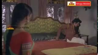 Repeat youtube video Rowdy Trying to Rape Rathi - In Oorikokkadu Telugu Movie