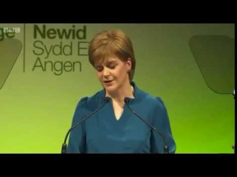 Nicola Sturgeon adressing Plaid Cymru - and promising support