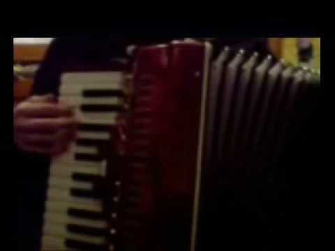 I'm Shipping Up To Boston (Accordion Cover)