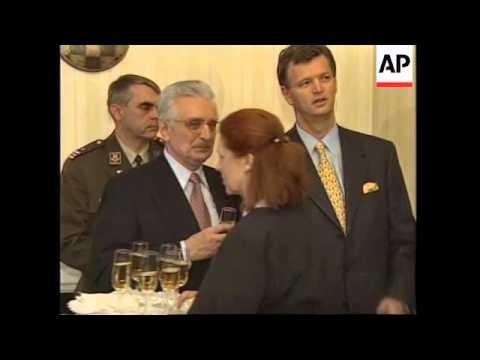 Usa Croatian President Franjo Tudjman Leaves Hospital Youtube