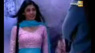 Kitni Mohabbat Hai Song female.3gp