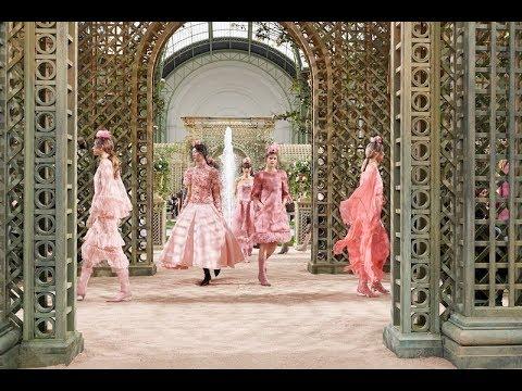 Collezione Haute Couture by Chanel