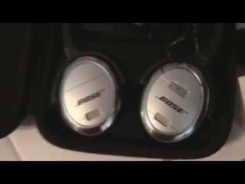 Bose Quiet Comfort 3 Acoustic Noise Cancelling Headphones ..Unboxing