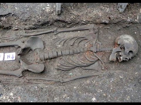 Giant Mound Builder Found in Indiana - Nephilim Discovered