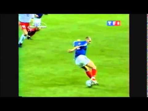 Zinedine Zidane ►Amazing control during France - Denmark