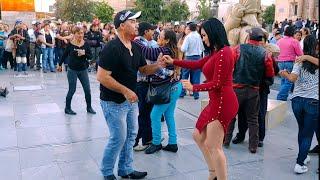 MaryCarmen dancing el Popurrí de Jr.