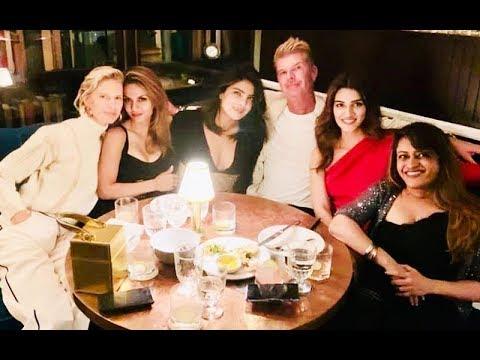 Kriti Sanon's impromptu meeting with Priyanka Chopra at New York | SpotboyE Mp3