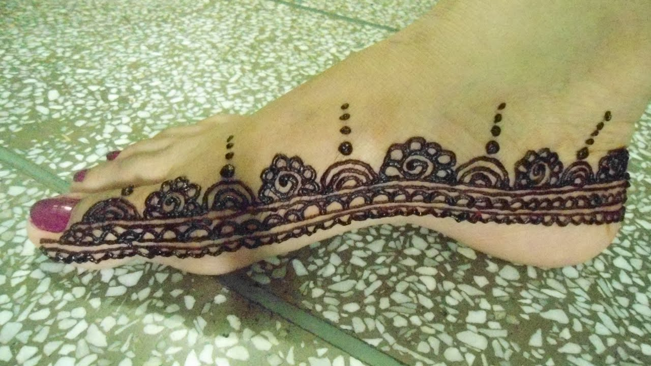 Moroccan Inspired Henna Foot Border
