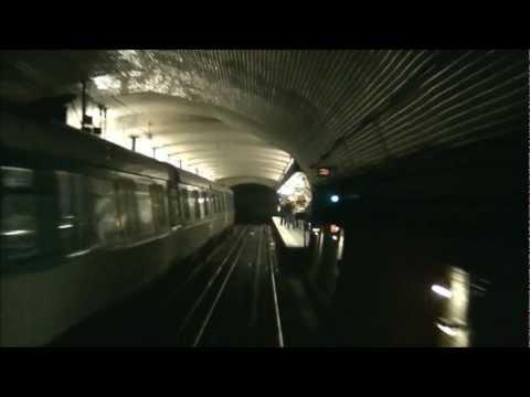 Ligne 8 du métro de Paris : Balard - Concorde (Première partie) [HD]