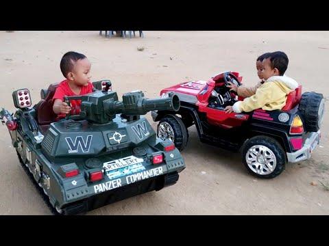 Naik Mobil Mobilan Di Desa Mobil Tank Untuk Anak Mainan Mobilan Youtube
