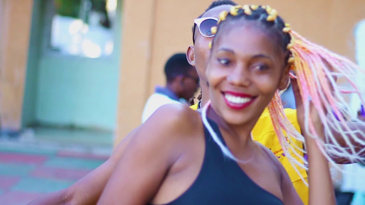 Download Rat Star ft. Cole Wizzy - Flavour (Official music video)