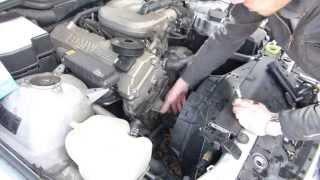 Remplacer une pompe à eau sur BMW 318i E36