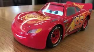 Xe đồ chơi Lighting McQueen:  hoàn thiện đẹp, nói được, giá đắt