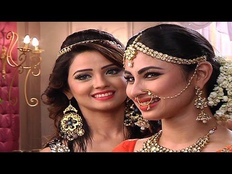 Adaa and Mouni aka Sesha and Shivangi's offscreen banters.. thumbnail