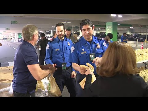Community steps in to help TSA employees at MIA