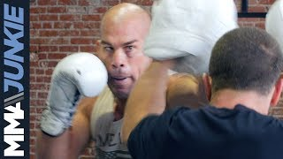 Tito Ortiz looks in good form ahead of Liddell vs  Ortiz 3