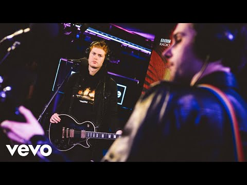 The Amazons - Ultraviolet in the Live Lounge