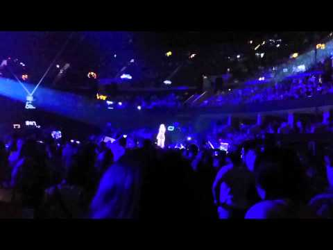 Shout Out to Calvin Harris by Taylor Swift Glasgow UK