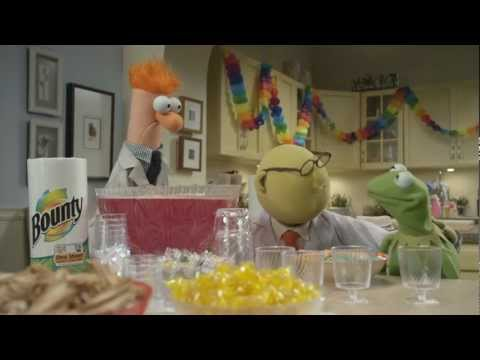 Science Can Be Messy with Bunsen & Beaker | Kermit's Party | The Muppets
