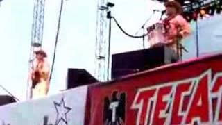 Los Tucanes de Tijuana - La Chona (Live)
