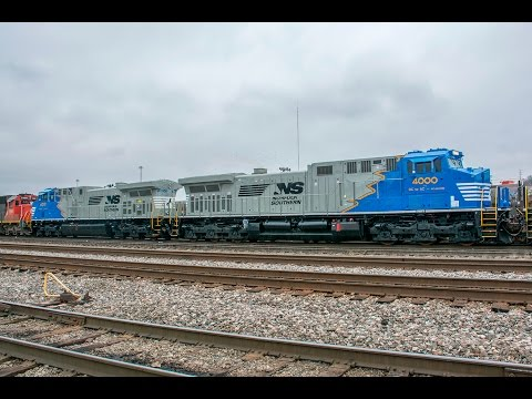 First run of Norfolk Southern AC44C6M Rebuilds + Veterans Locomotive in Cincinnati