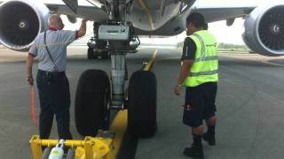Boeing 777-300ER Pushback with Descriptions [HD]