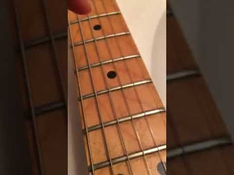 Best easy way to clean your fretboard on guitar
