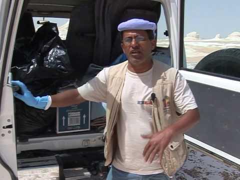 Cleaning up Egypt's White Desert