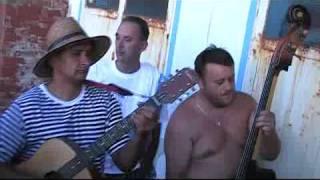 Jakovari - Kraj jezera jedna kuća mala - 2009.