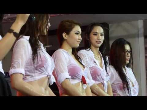 Thailand Motor Festival 2013 Car Wash by FHM Girls-402