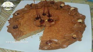 كيكة بالبندق هشة وراقية  --- Gâteau creusois aux noisettes
