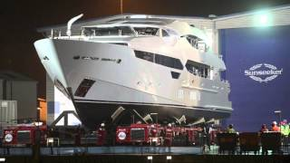 EDDIE JORDAN'S NEW SUNSEEKER SUPER YACHT SUPER SLOW AT UNVEILING