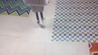 looping longarm quilting design demo