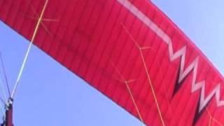 просто  хорошая песня . полет  на  параплане . осень 2009(полет на параплане . татаринцево осень 2009 а где полетать на параплане ? тут http://tandemparagliding.ru/karta/ кончинка..., 2009-10-16T10:33:33.000Z)