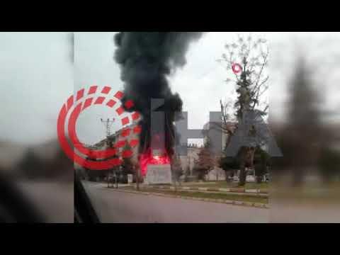 Plastik kulübe alev alev yandı