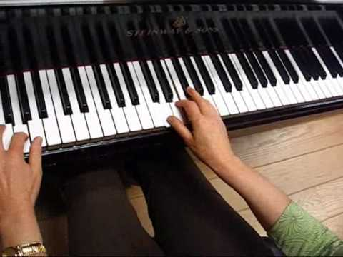 Jazz  lesson:   Improvising with Dorian, Phrygian and Lydian Modes