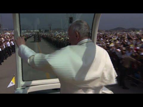 AFP: Le pape quitte Lima après une tournée au Chili et au Pérou