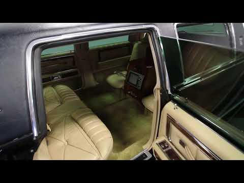 4488 CHA 1979 Lincoln Town Car Stretch Limo