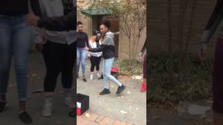 Noodlez | Freestyle | Street Performing #TeamQueenP