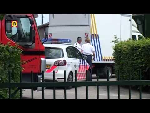 Beelden politie-inval: wietkwekerij op manege in Hulten
