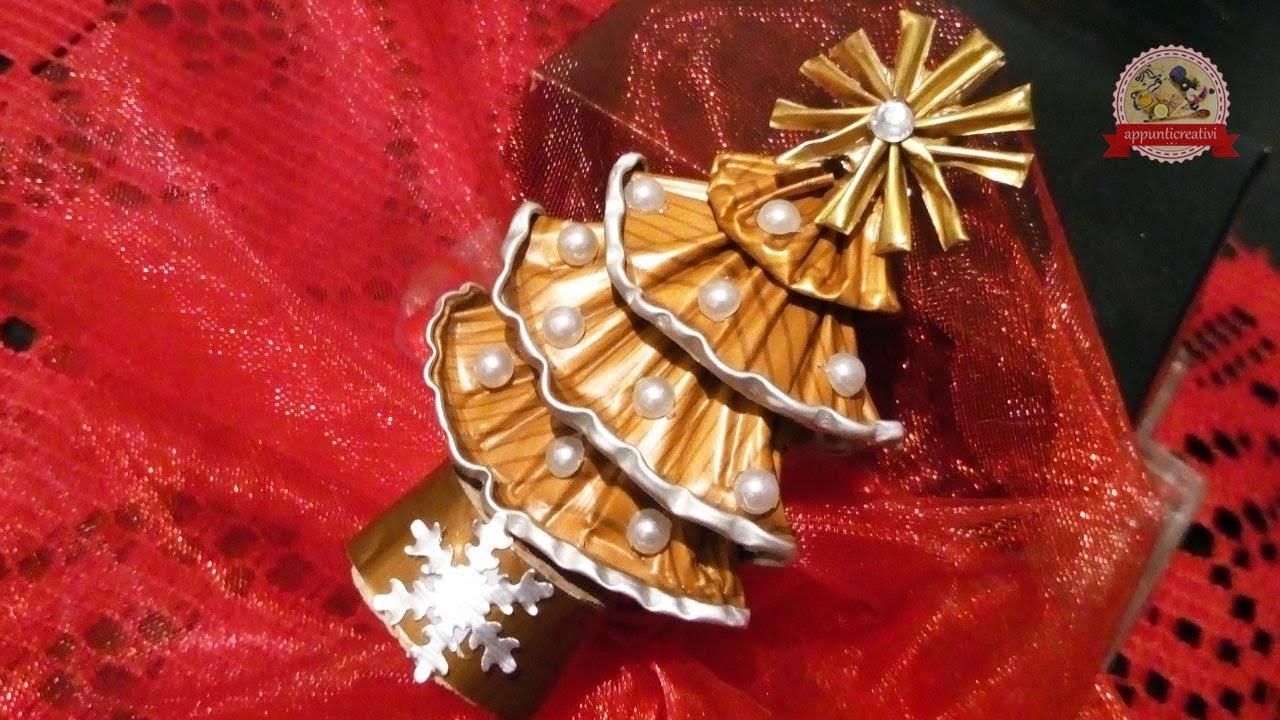 Lavoretti Di Natale Con Cialde Nespresso.Alberello Di Natale Con Le Capsule Del Caffe Senza Colla