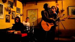 Sheldon Holder live @ Dora Keogh (03.06.2012).MOV