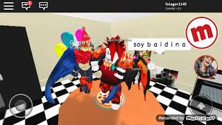 The best party in roblox and a dancing bear and a lot of crazy