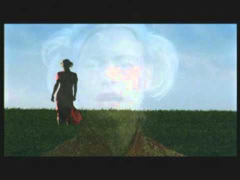 Maya - Průhledná (2003)