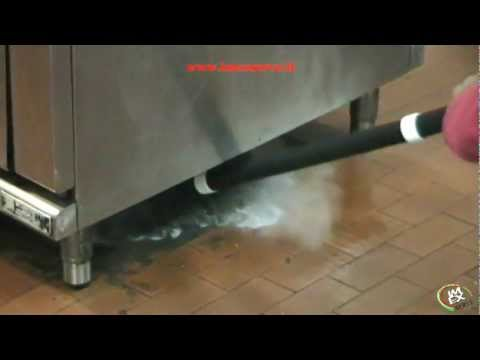 Commercial Kitchen Amp Bakery Cleaning And Sanitizing Wit