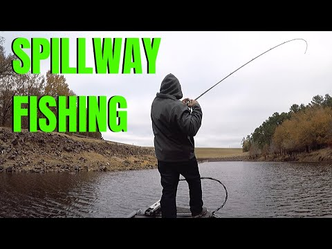 Boat Fishing At LAKE O' THE PINES Spillway