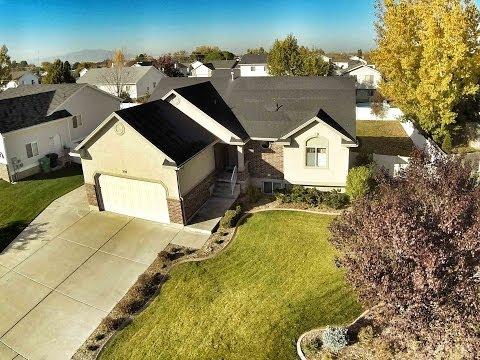 5 Bedroom 3 Bath Rambler Home For Sale in Syracuse Utah with Travertine Tile (Real Estate)
